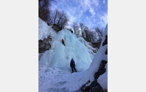 Retour week-end initiation cascade de glace